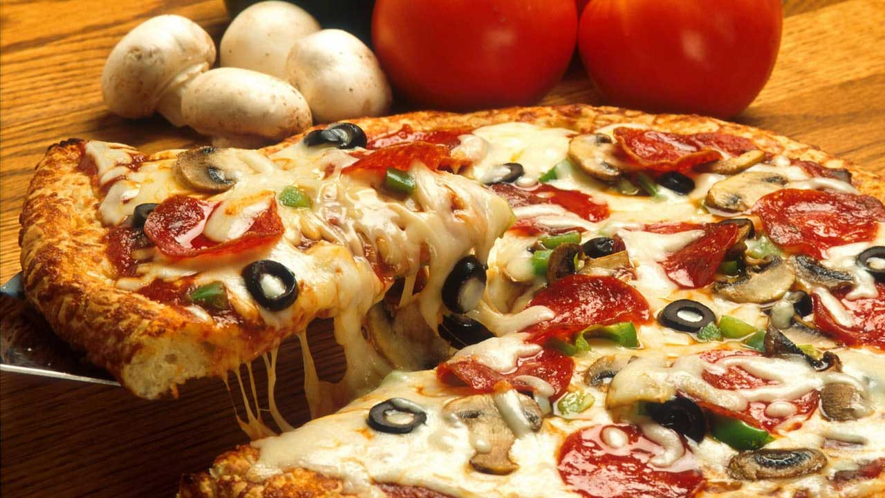 Delicious Pizzas <br><span>Baked to Perfection</span>